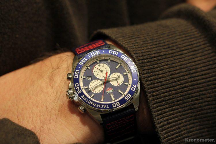 Tag Heuer Formula 1 Chronograph - vendég-kézen
